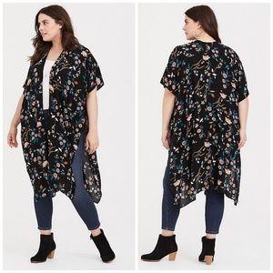 Torrid Black Floral Split Side Challis Kimono(3/4)